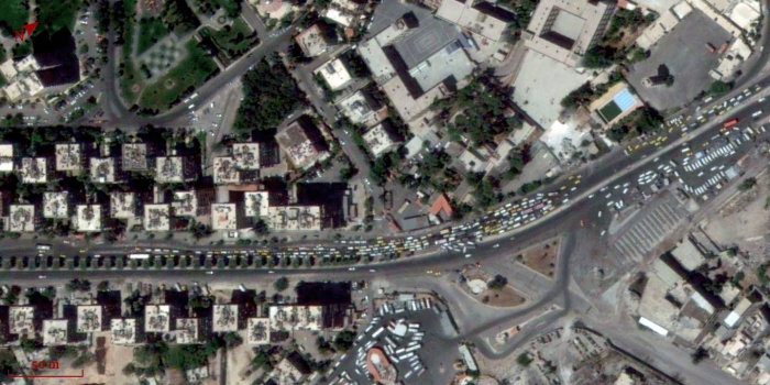 Traffic jam at a checkpoint, next to Abbassiyin Garage, Damascus. 20/7/2014.